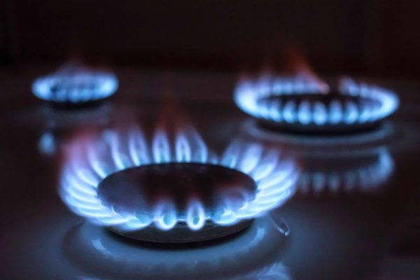 gas-flame-selective-focus-PWYCAZM-squashed